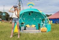 4GEE Smart Tent Glastonbury virtual reality