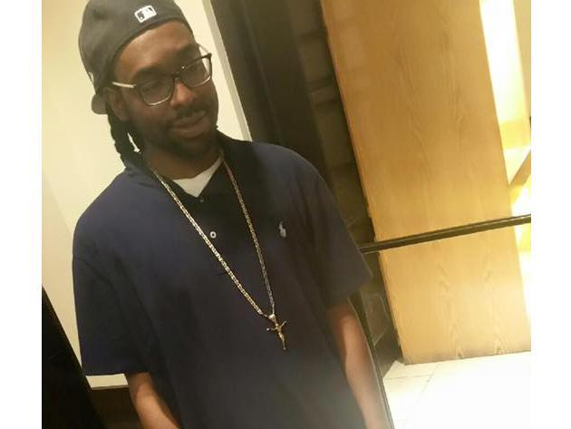 police-dashboard-camera-footage-shows-the-moment-philando-castile-was-shot-and-killed