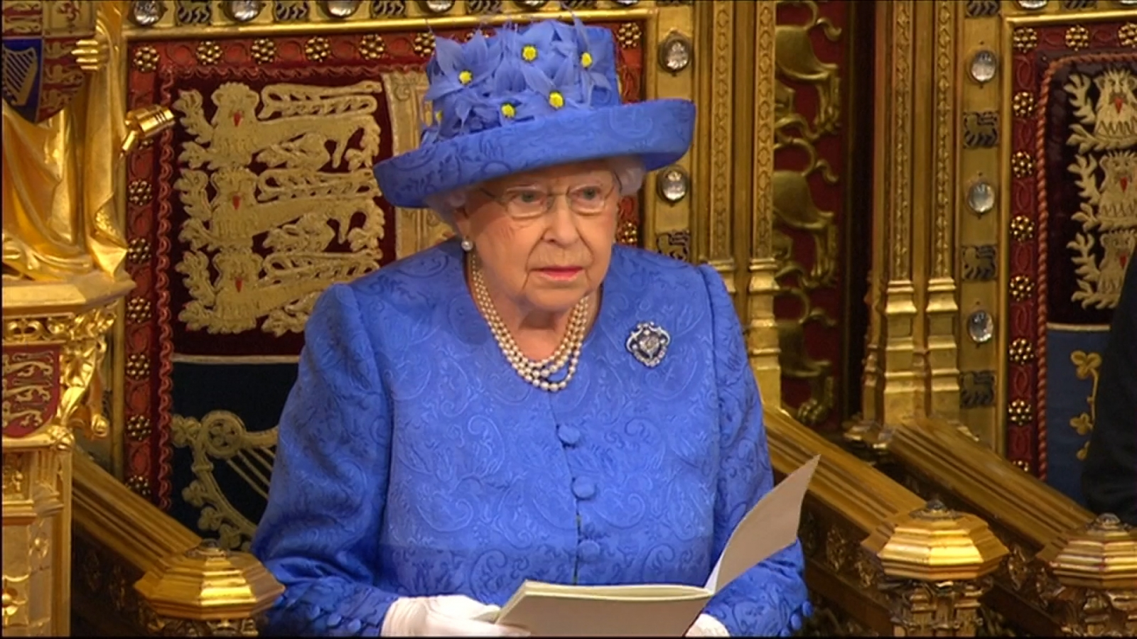 Queen Elizabeth says Brexit deal is government's top priority in speech to parliament