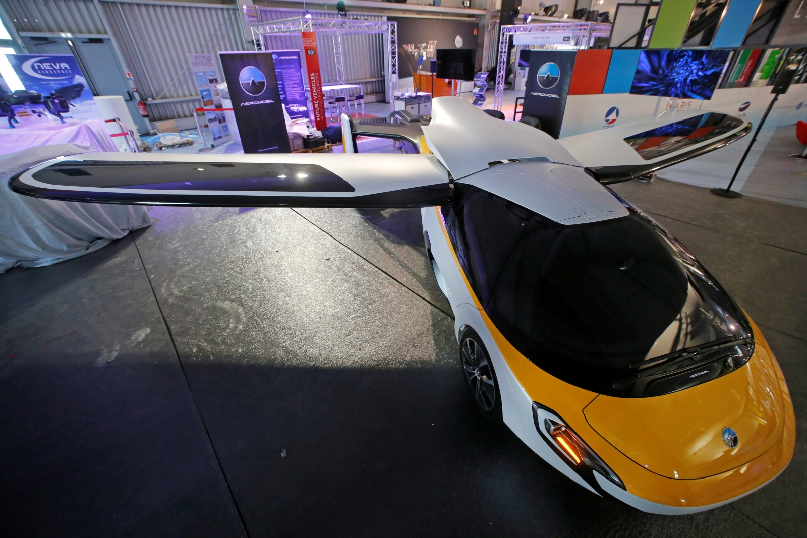 Aeromobil flying car Paris Air Show
