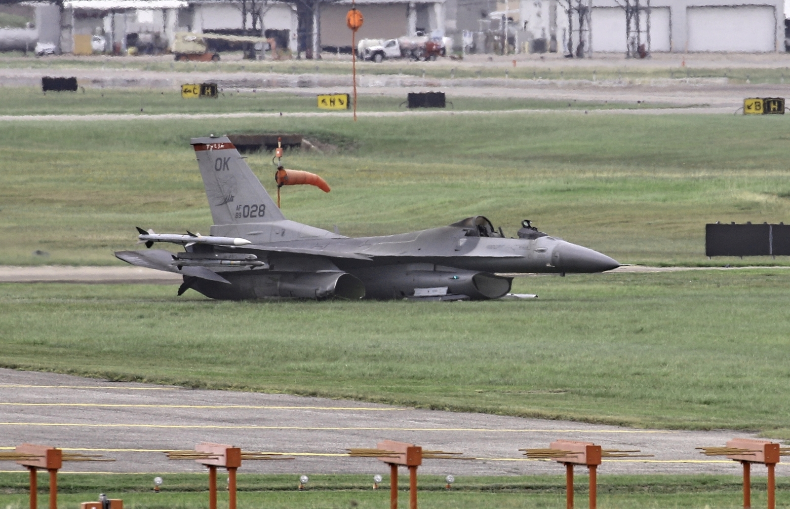 F-16 at Ellington Airfield