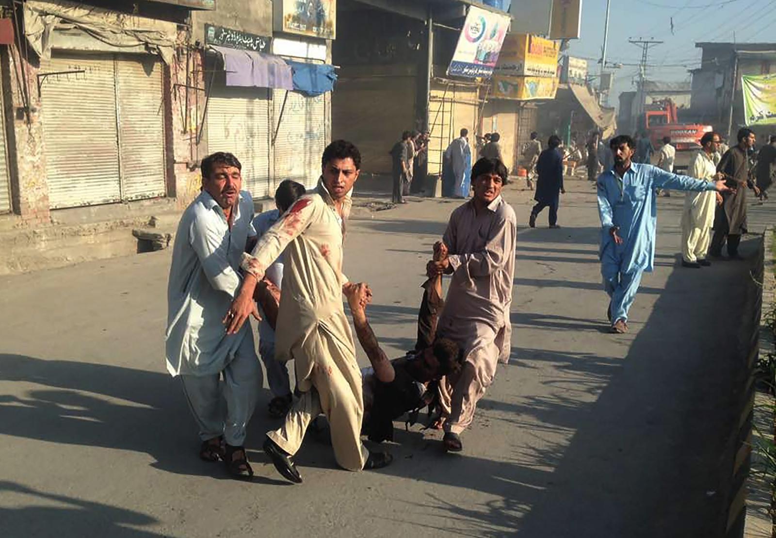 Pakistan Parachinar twin blasts