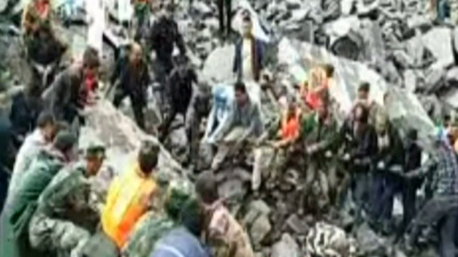 over-140-people-buried-alive-during-landslide-in-south-western-china