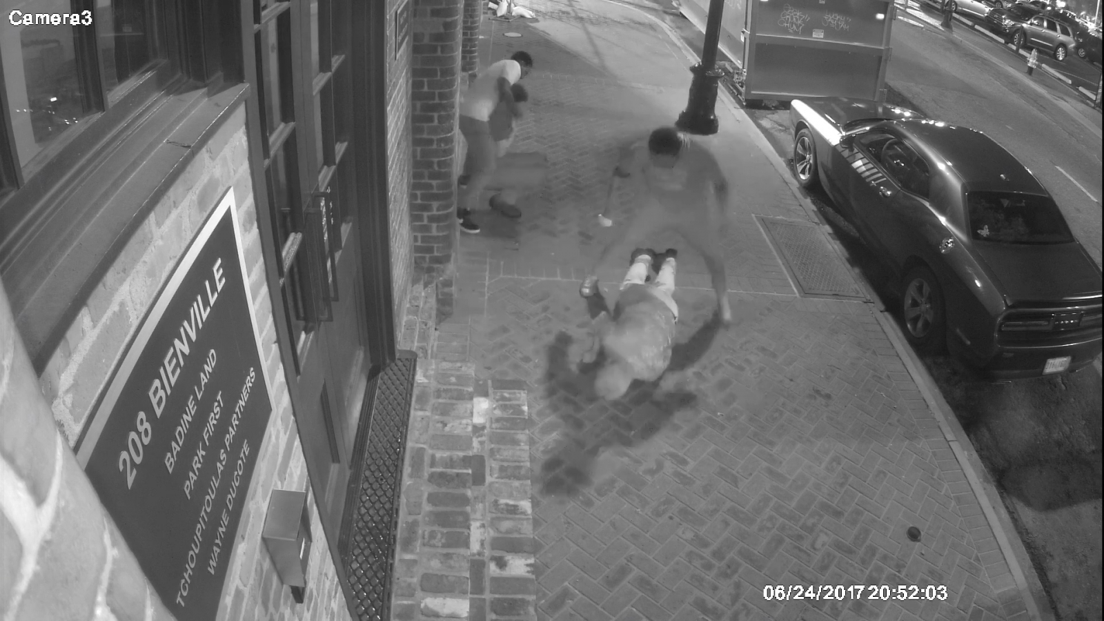 Dramatic CCTV shows tourists knocked out and robbed in New Orleans