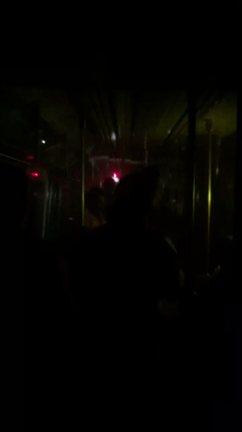 Subway riders left in the dark after train derails in Harlem