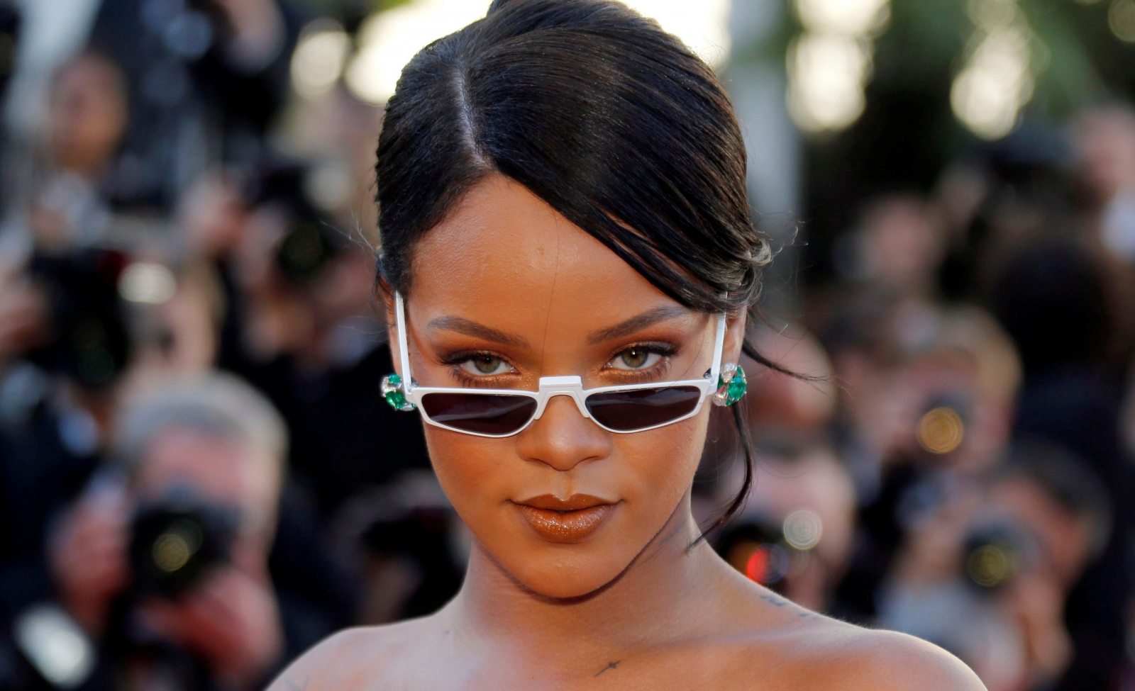 Rihanna : Music star flaunts new love