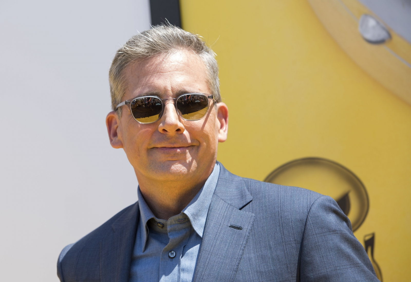 Salt-and-pepper Steve Carell jokes about achieving silver fox status