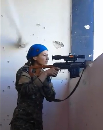 Kurdish YPJ fighter