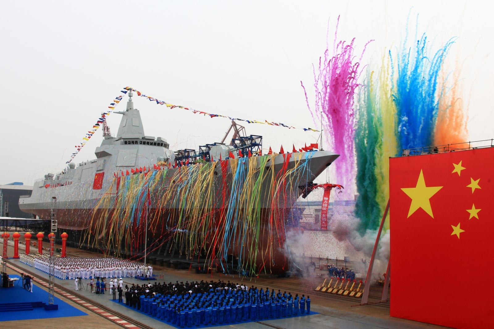China launches first 10000-tonne destroyer