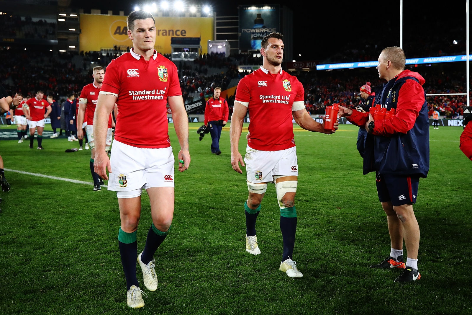Johnny Sexton and Sam Warburton