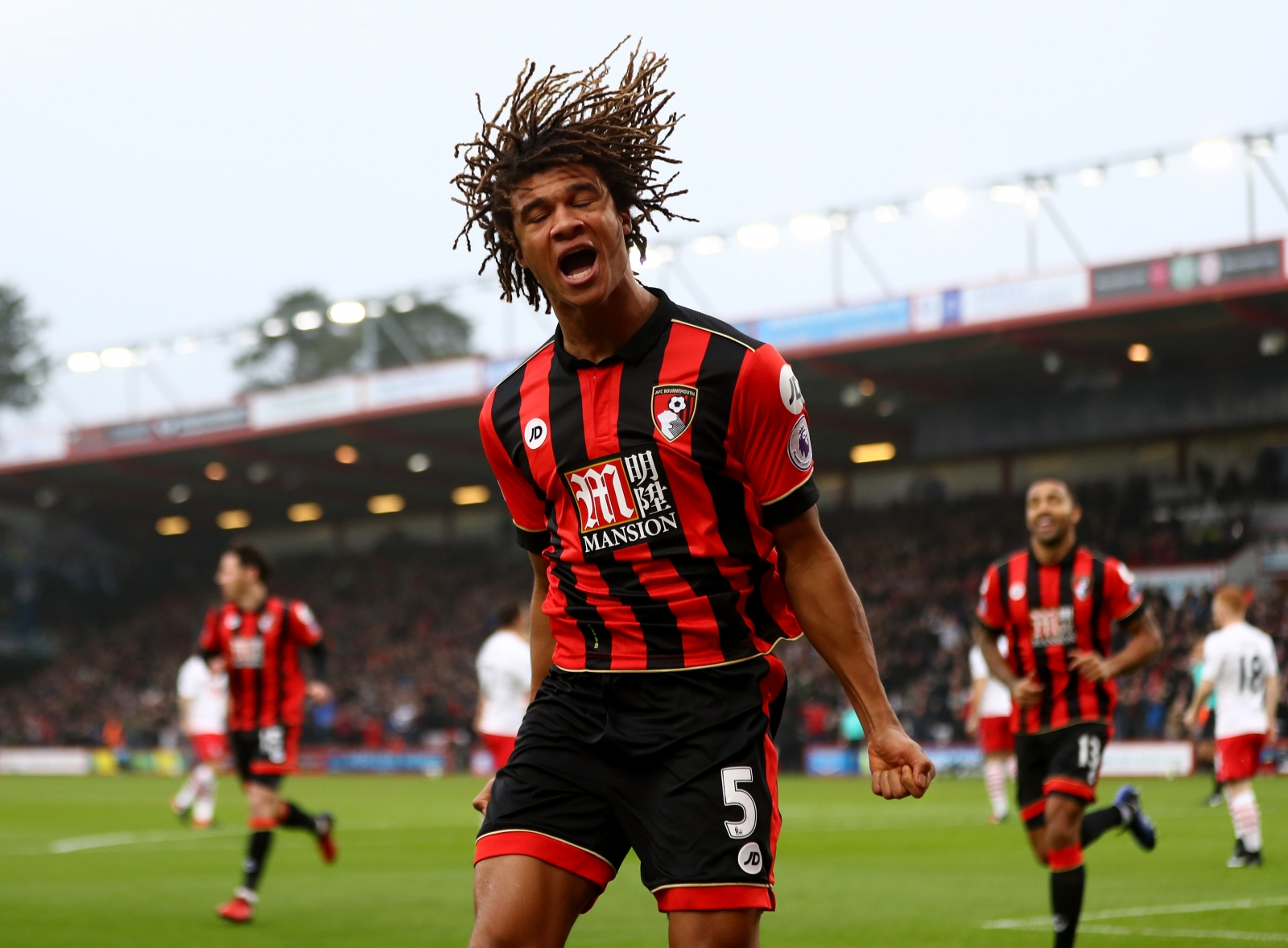 Bournemouth pay record fee for Dutchman Ake