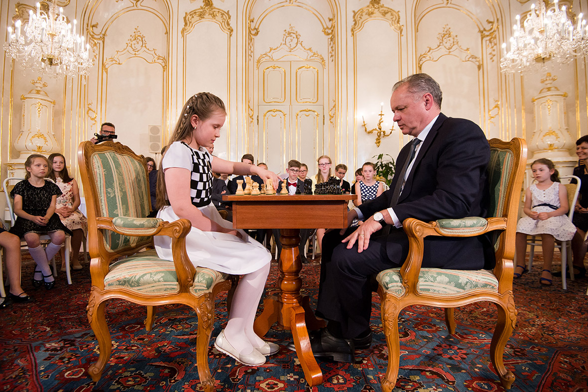 Andrej Kiska plays chess with Lucia Kapicakova