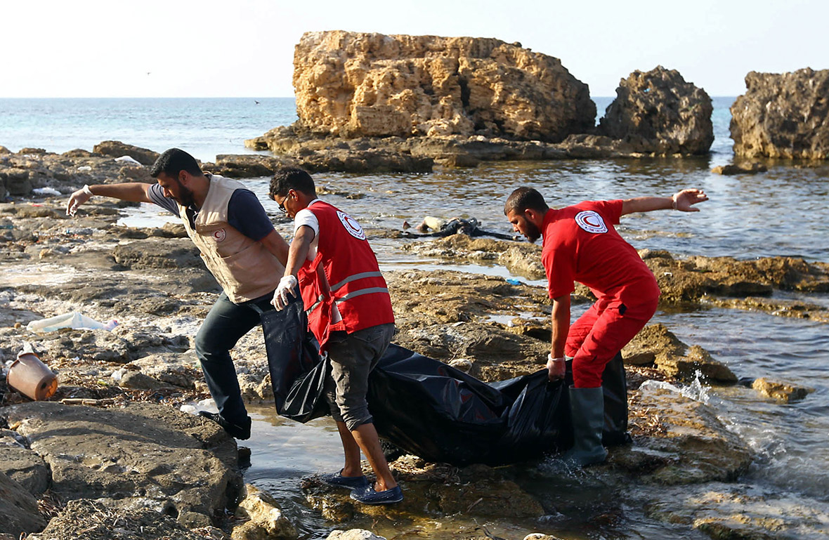 migrants beach Libya