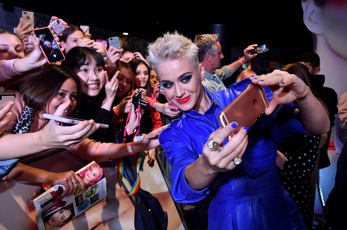 Katy Perry selfie Sydney