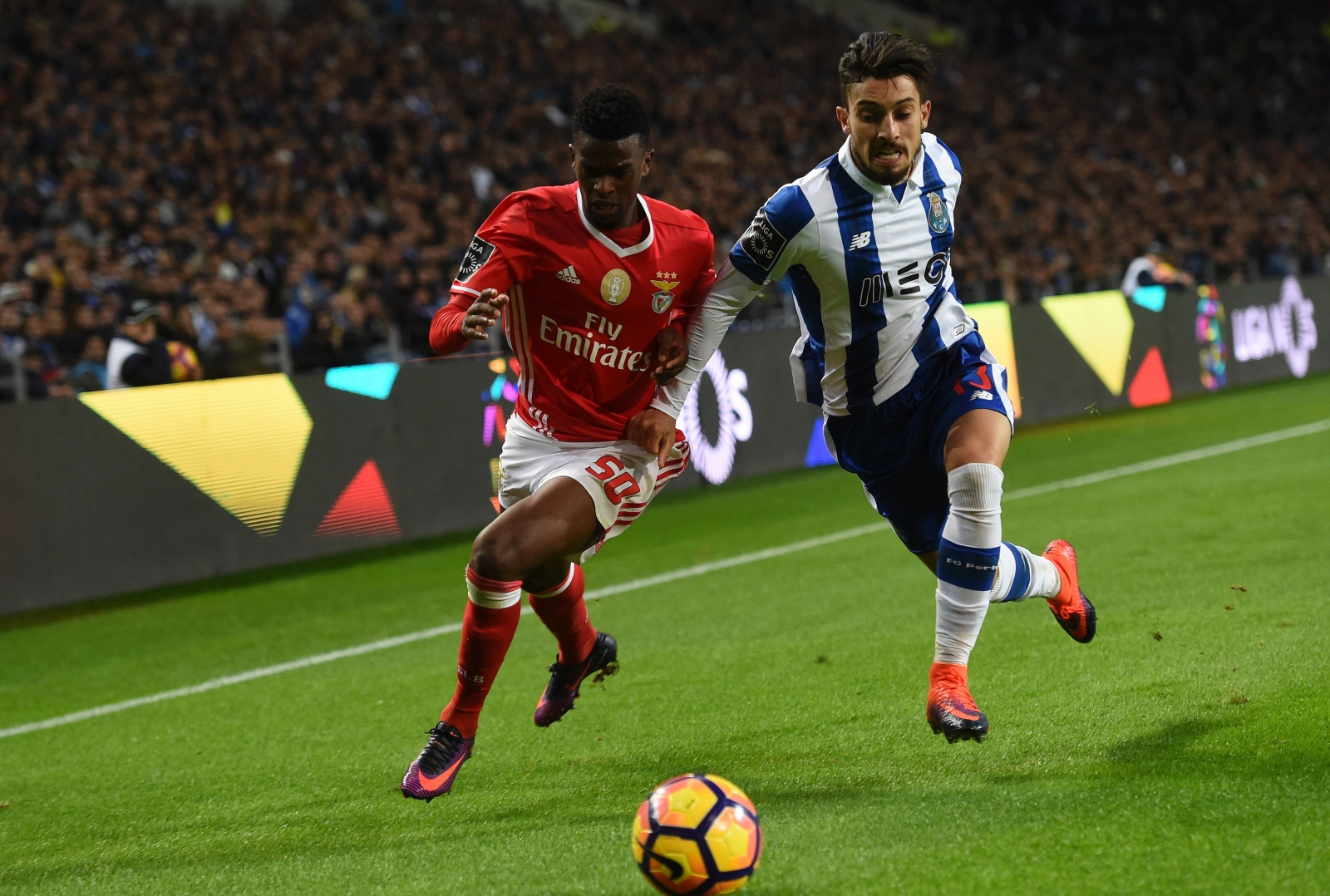 Alex Telles' agent reckons Porto star will play for Chelsea one day