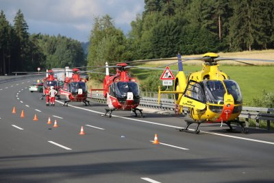 Germany bus crash rescue workers