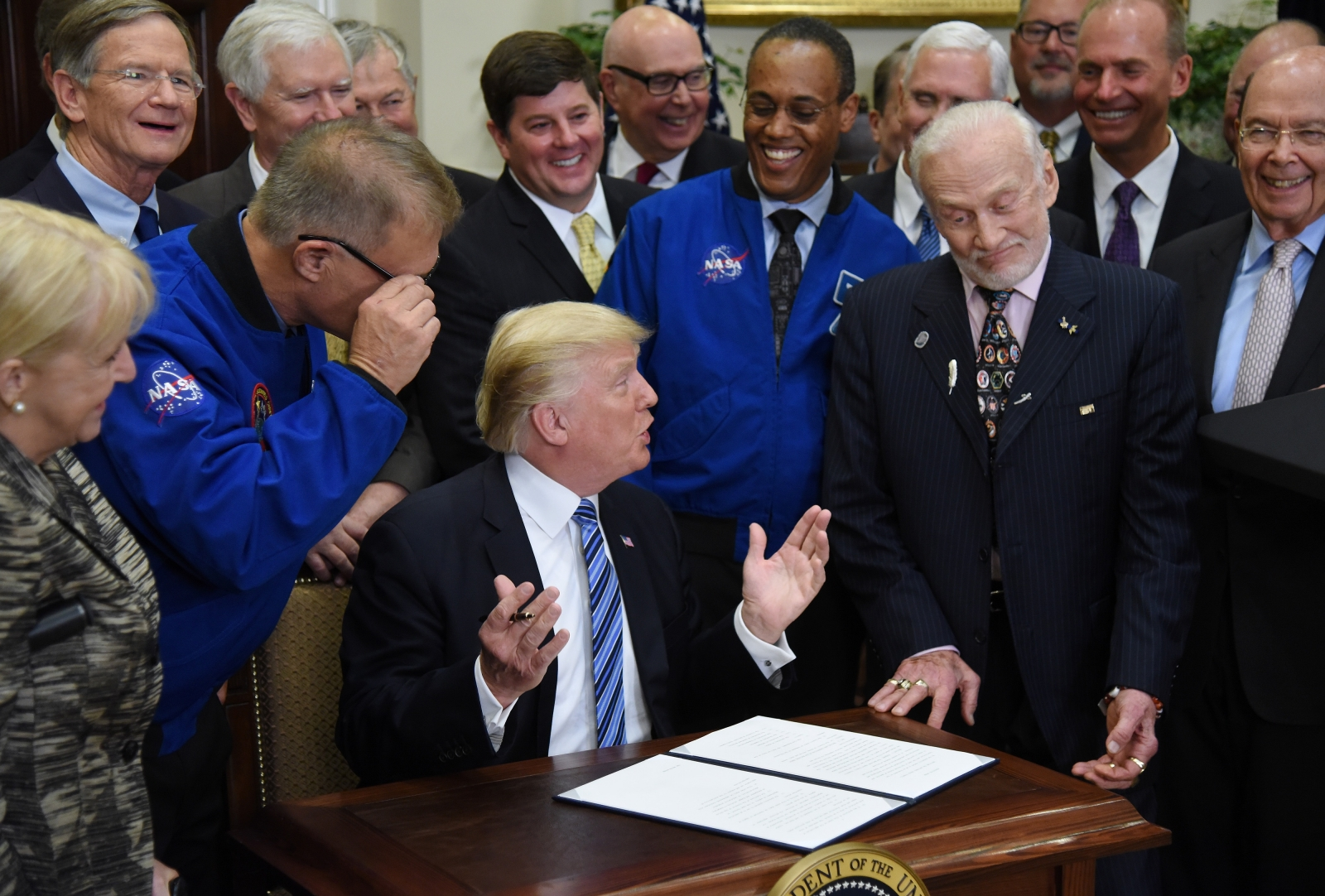 Trump Inks Executive Order to Revive National Space Council