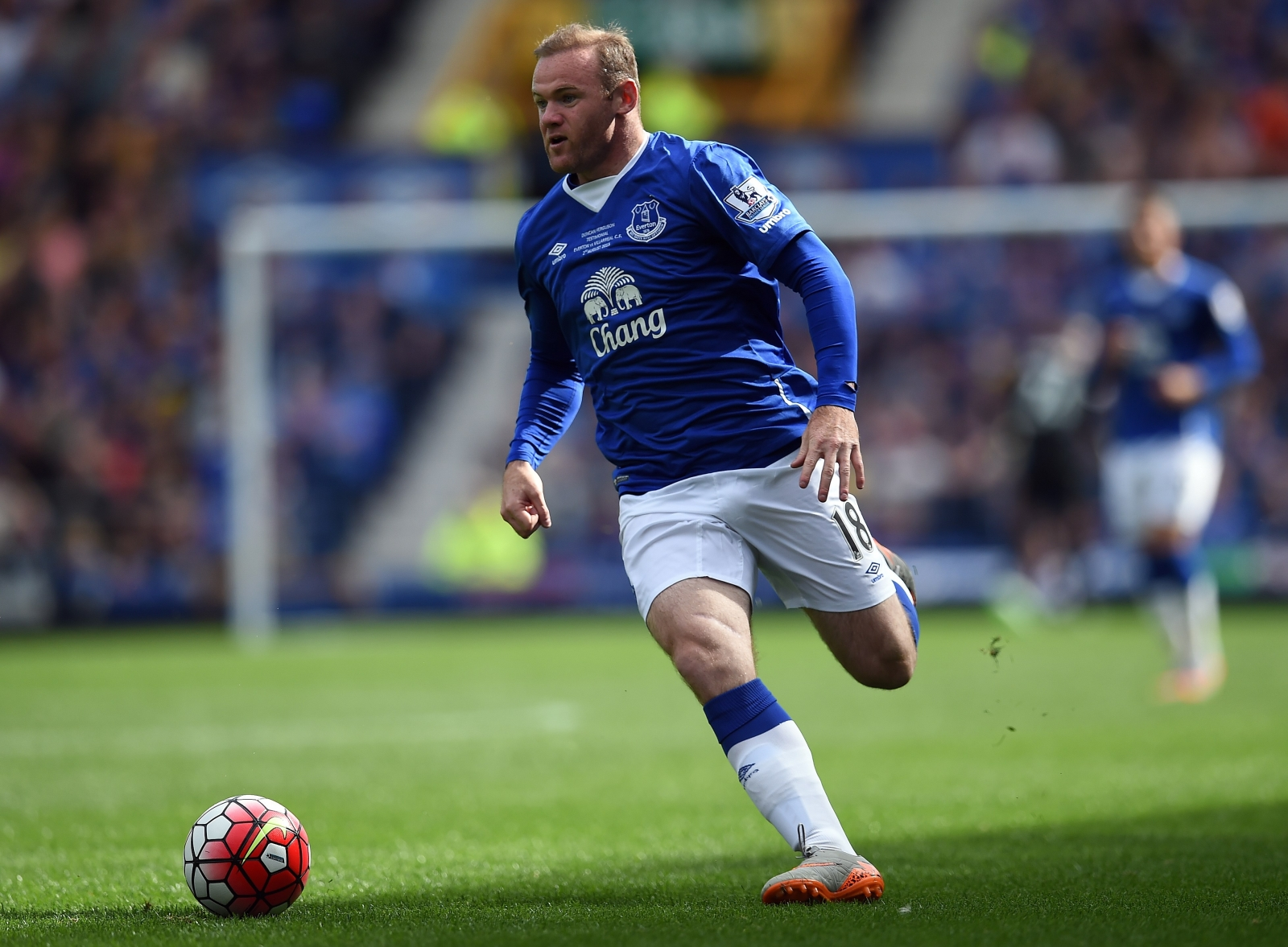 Rooney Completes Everton Move