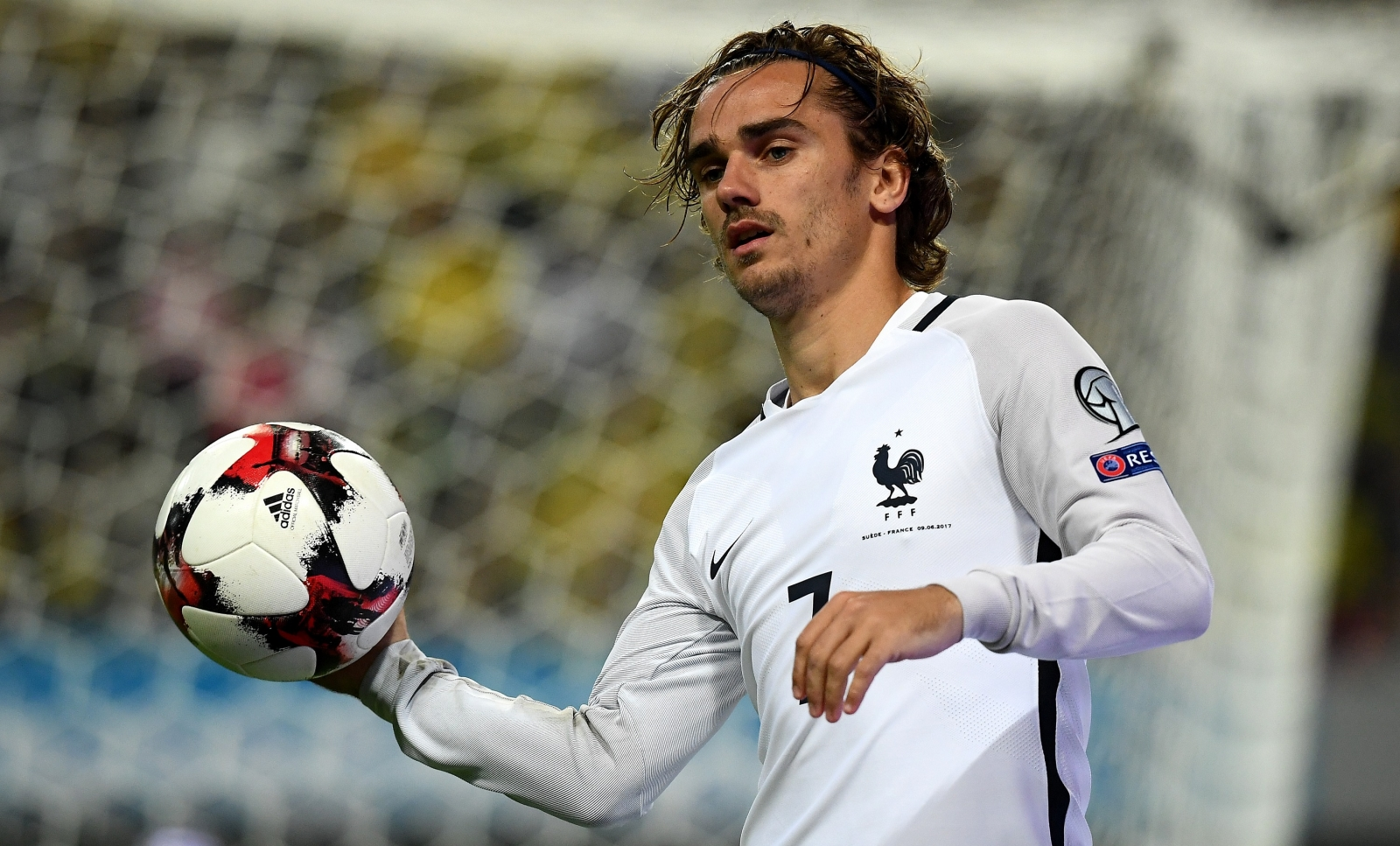 Antoine griezmann refuses to rule out future manchester - Antoine griezmann ...