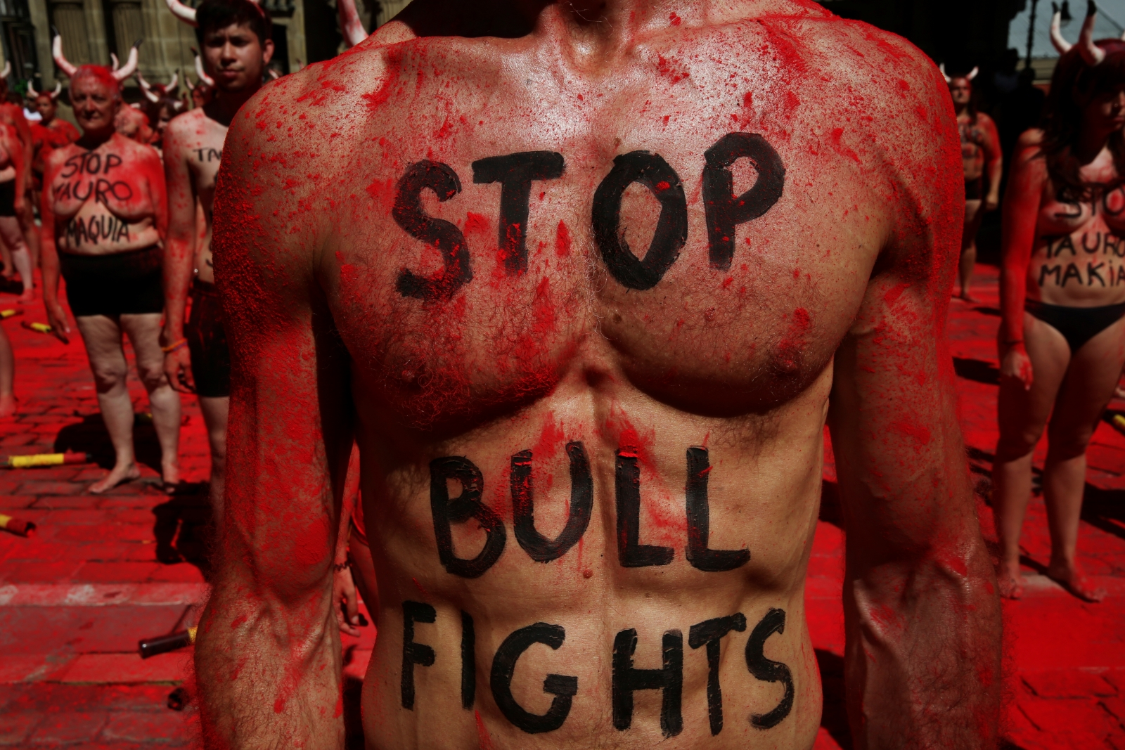 Americans, Spaniard gored during 'Running of the Bulls'