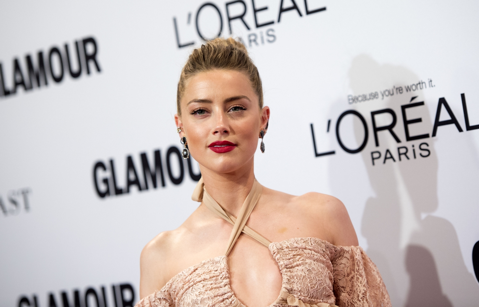 Amber Heard Is Unrecognisable In New Aquaman Photo