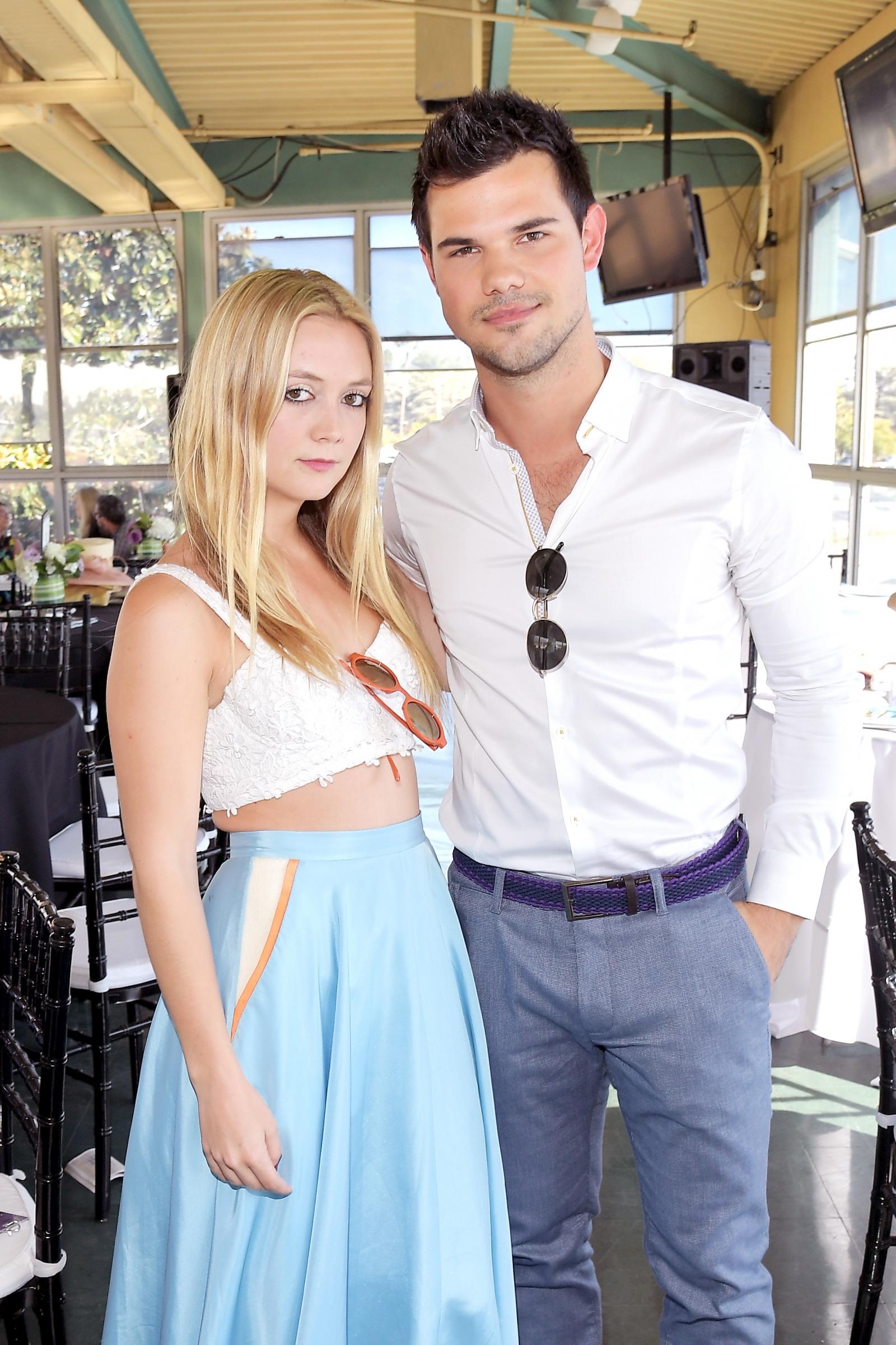 Billie Lourd and Taylor Lautner