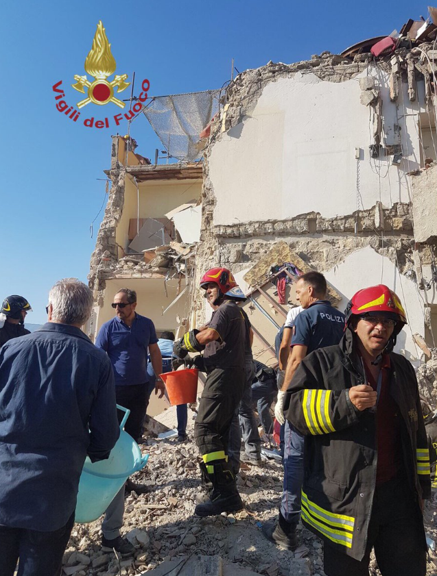 Building collapses in Naples