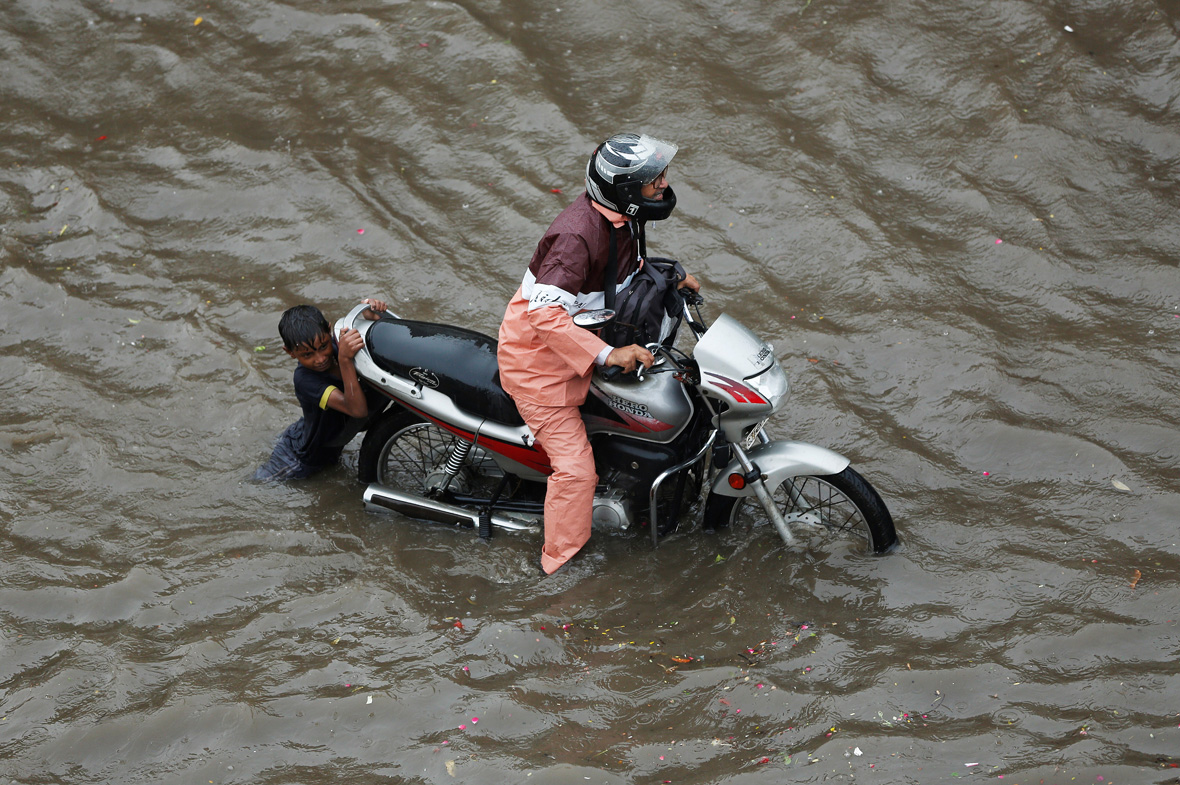 heavy rainfall in Ahmedabad, India