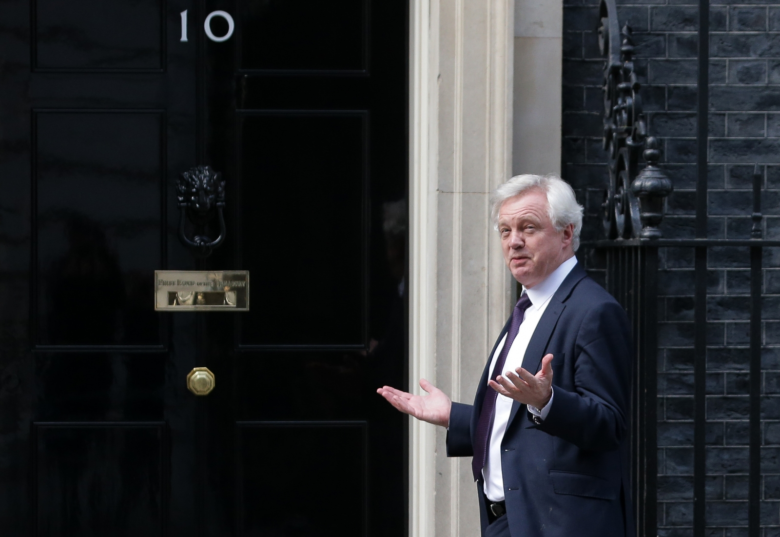 Does David Davis even know what the British government wants from the Brexit talks?
