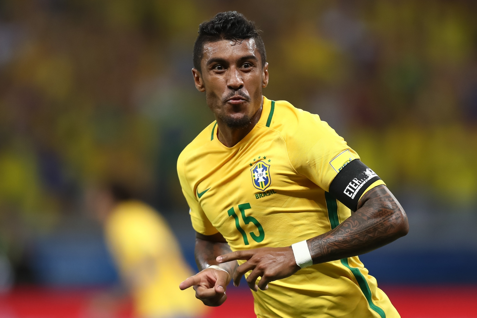 Paulinho ´thinking about Barcelona´ ahead of potential new offer