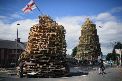 Northern Ireland Loyalist bonfires eleventh