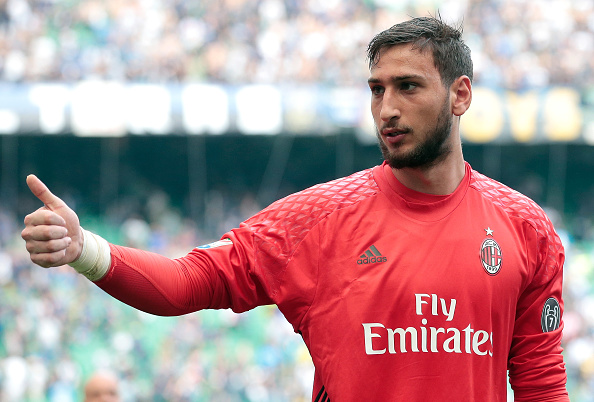 Donnarumma signs for Milan (3)