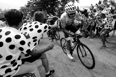 Tour de France 2017 black and white