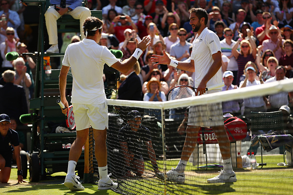 Novak Djokovic complains of 'hole' on Centre Court