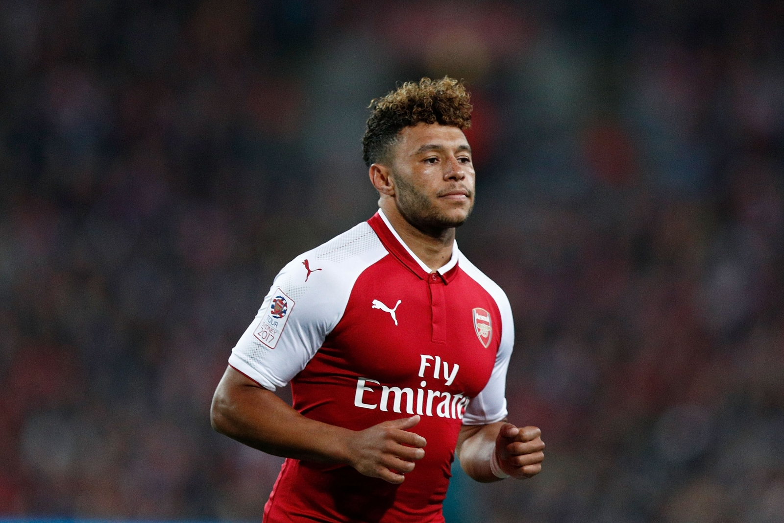 Arsene Wenger insists Alex Oxlade-Chamberlain will stay at