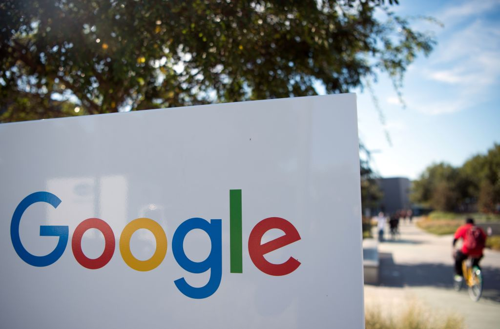 Labor Department sides with Google