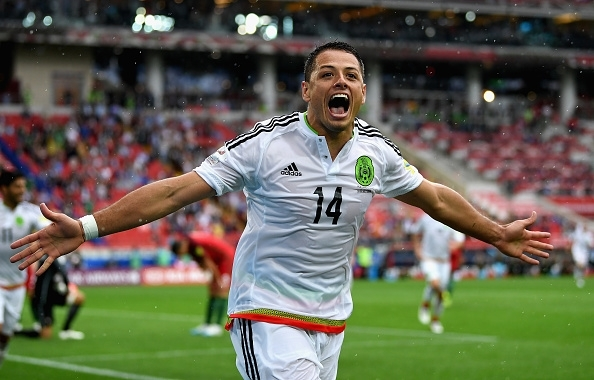 West Ham and Bayer Leverkusen agree fee for Chicharito
