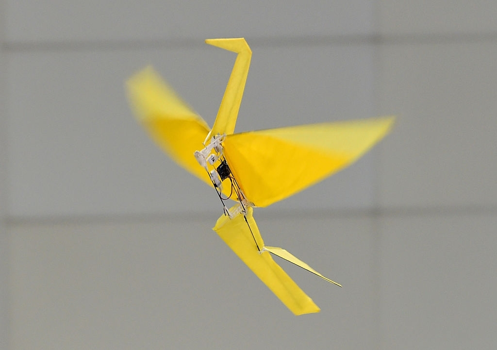 Harvard researchers create battery-less origami robots
