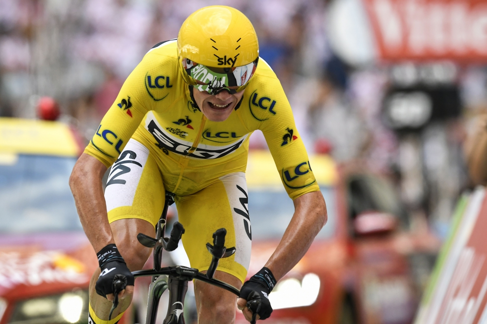 chris froome poised to win fourth tour de france title. Black Bedroom Furniture Sets. Home Design Ideas