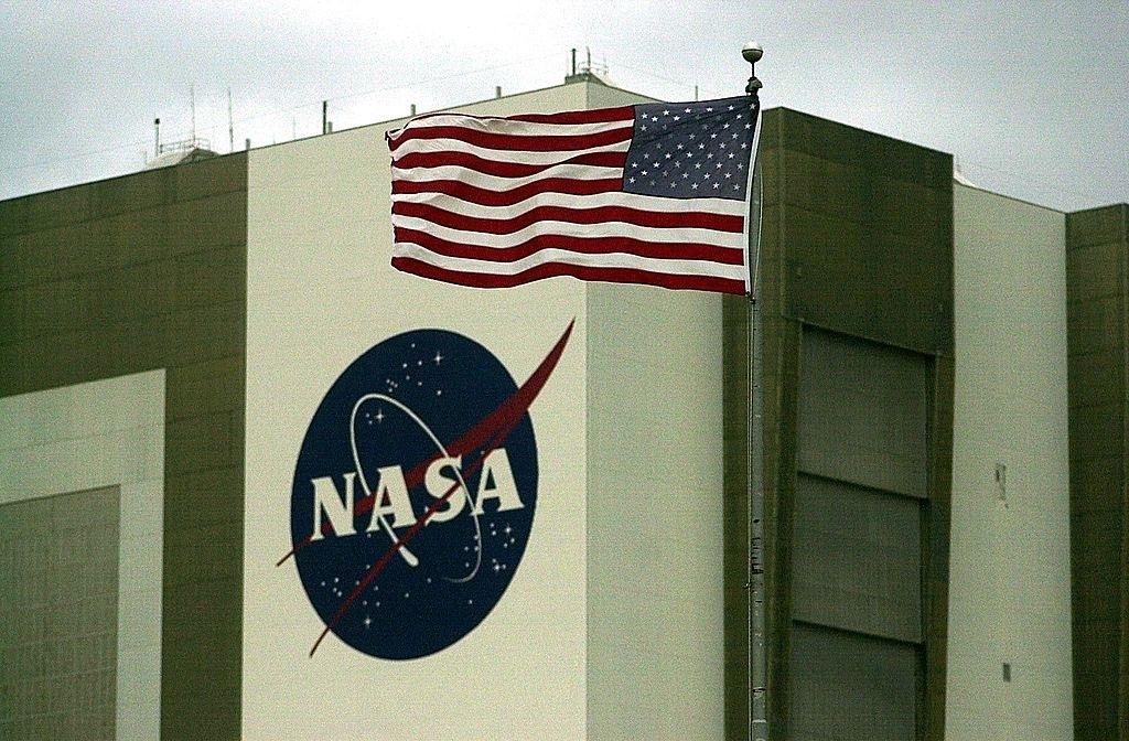 NASA Lockheed Martin building deep space habitat