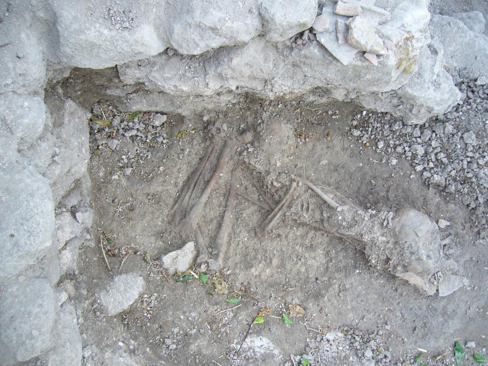 Canaanite burial