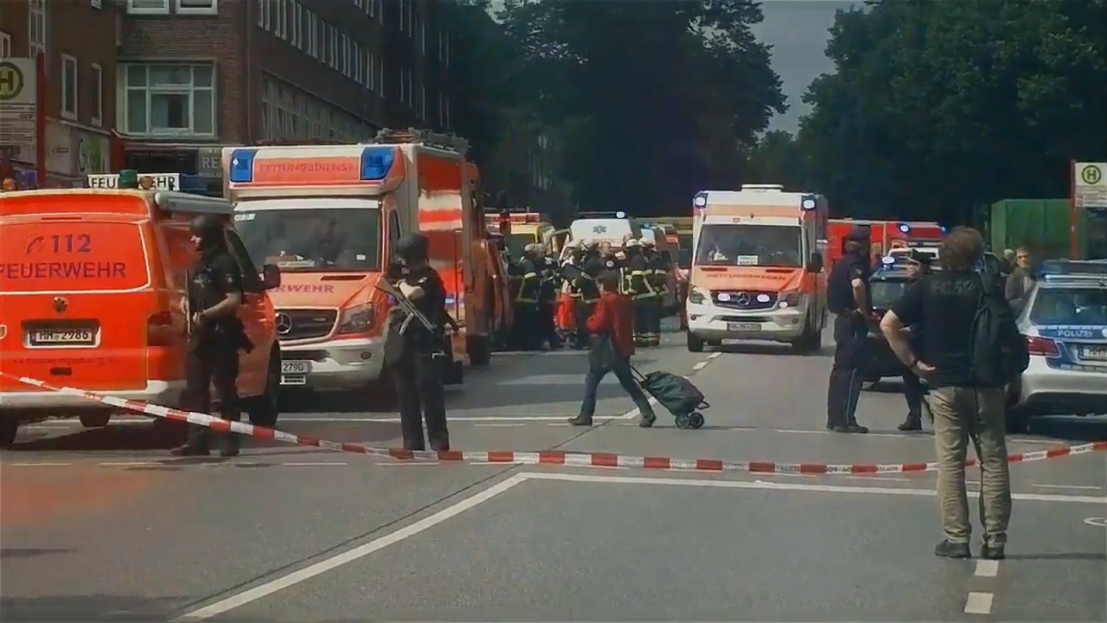 one-killed-and-several-injured-following-mass-stabbing-at-supermarket-in-hamburg