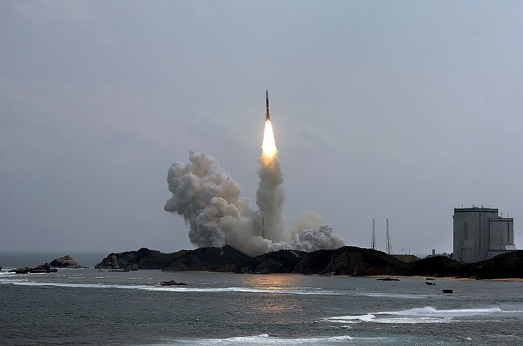 Japan's 1st private rocket forced to abort after launch