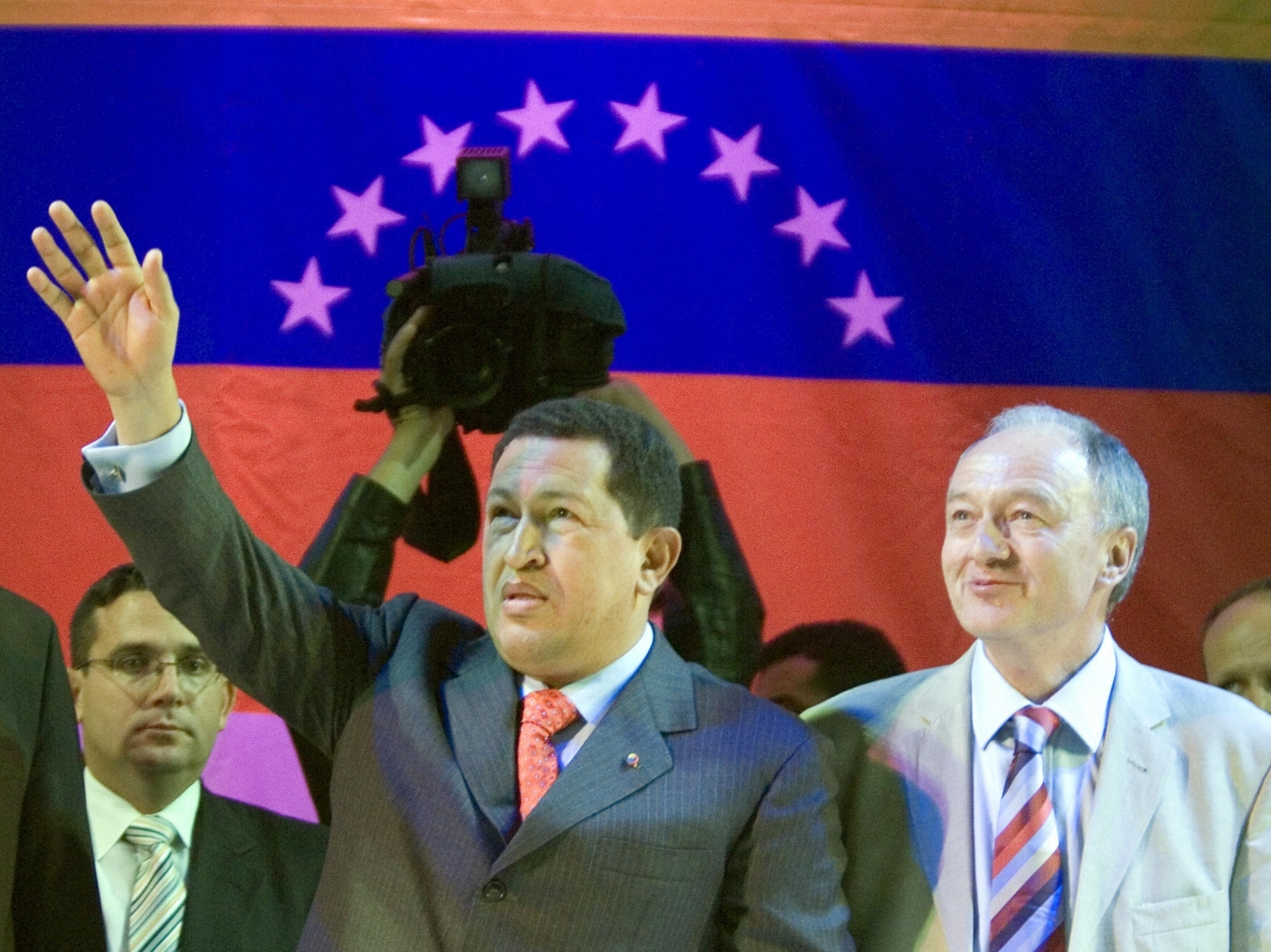 Hugo Chávez and Ken Livingstone