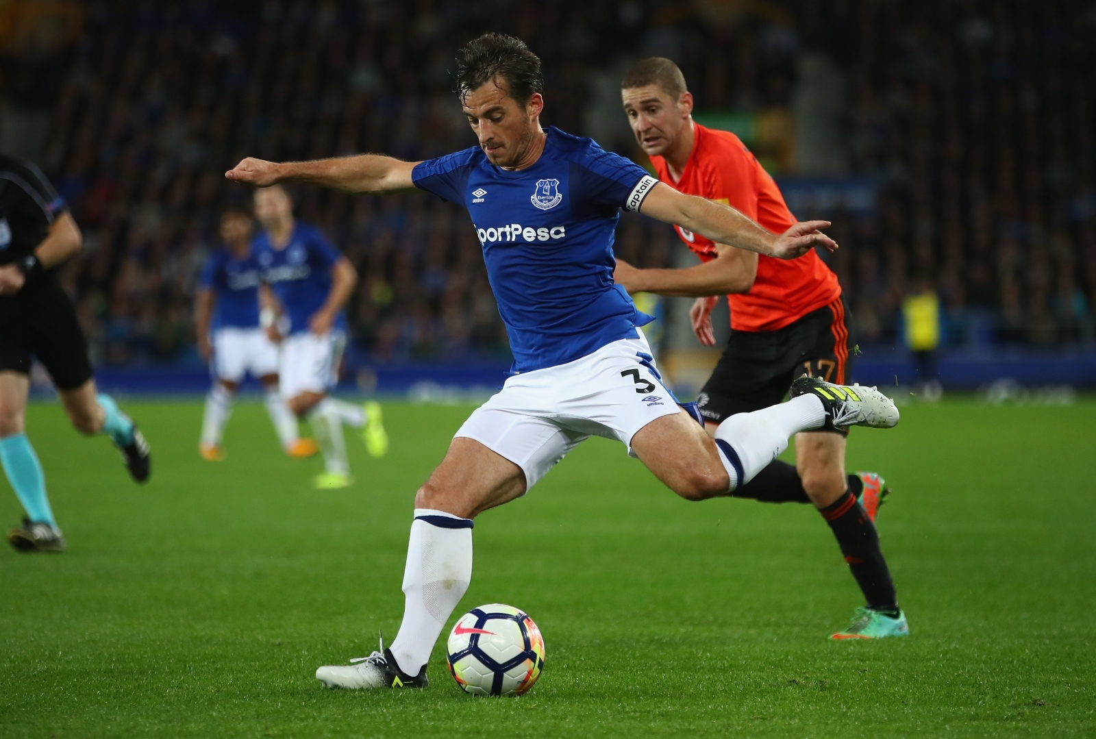 Everton boss Ronald Koeman thinks two-man strike force could suit Calvert-Lewin