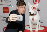 iPhone dog selfie