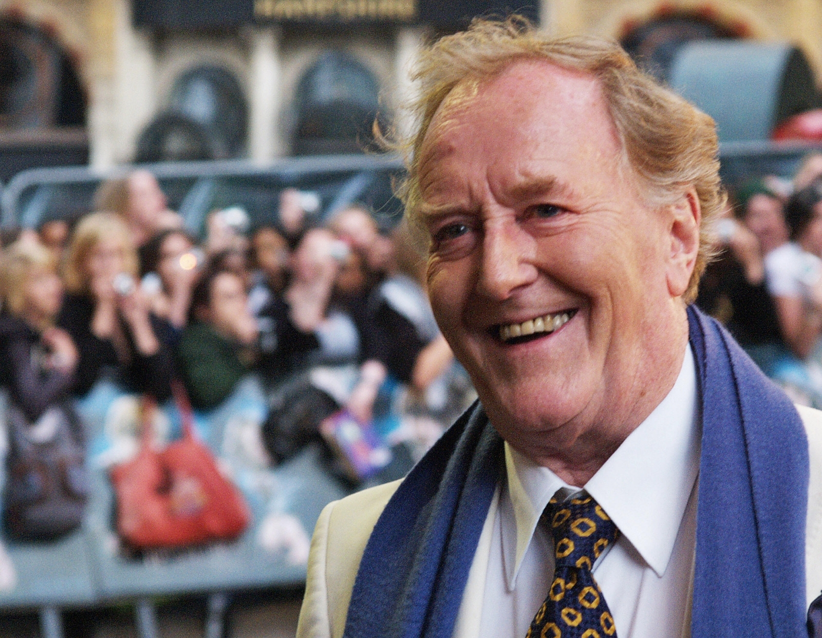The actor who played Cornelius Fudge in Harry Potter has died