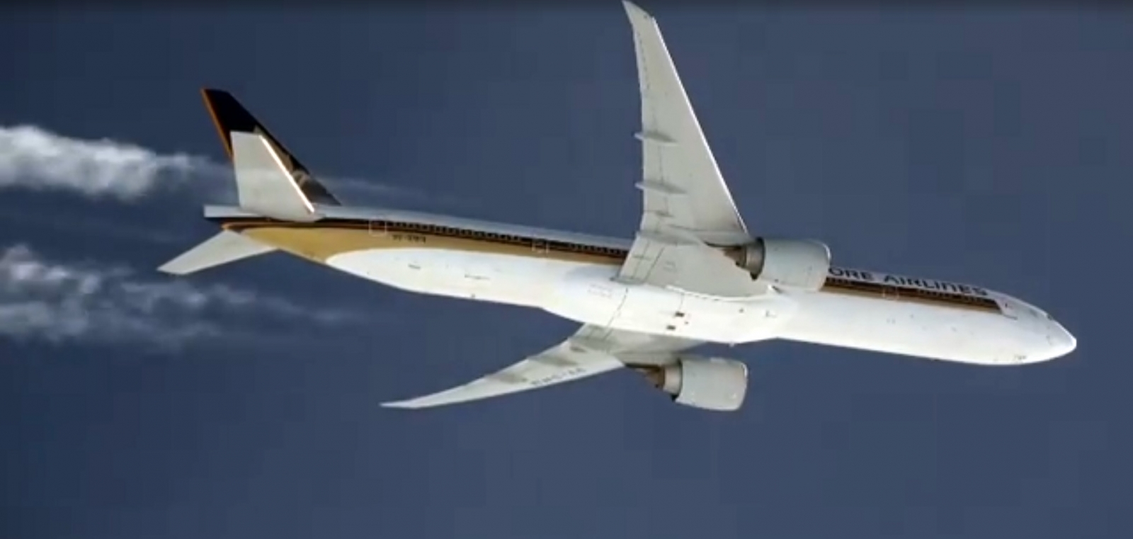Viral video claims AirDrop to Singapore Airlines
