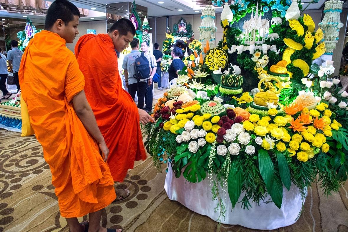 Thailand fruit carving Bangkok