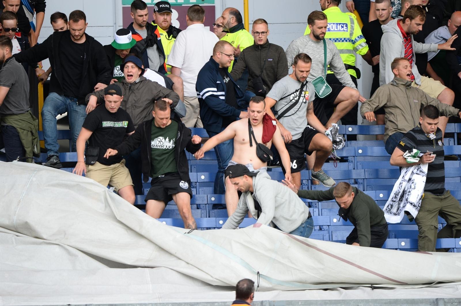 Hannover 96 fans